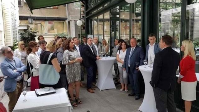 НАЛЕД традиционално организовао радни ручак са уредницима медијских кућа у Лесковцу
