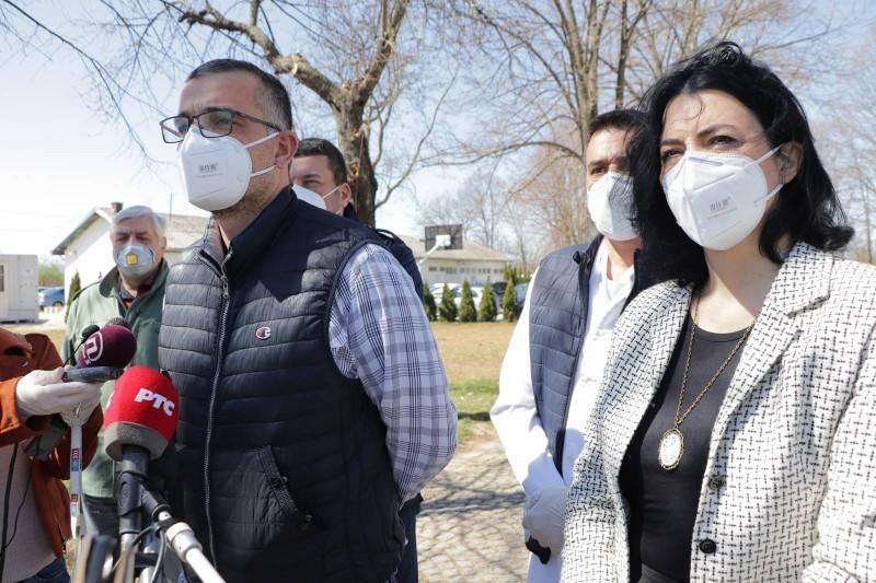 Сотировски: Држава наставља да шаље помоћ, министар Недимовић уручио донацију - гради се лабораторија за тестирање у Нишу