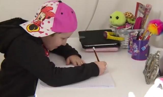"""""""Моја борба"""", хуманитарна пројекција филма о малој Ноколини (ВИДЕО)"""