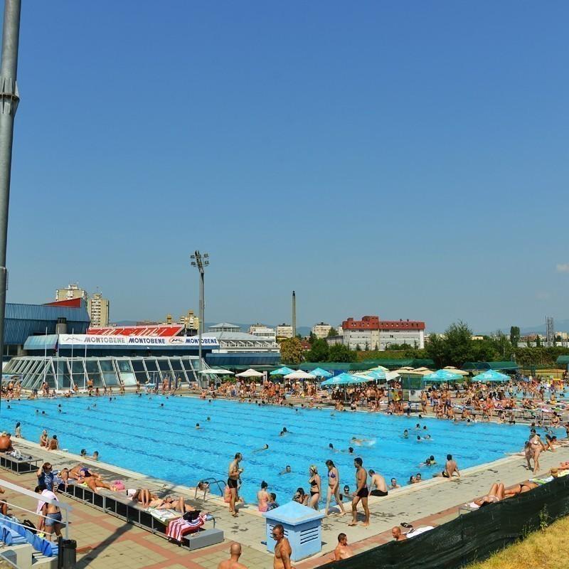 """Sve više kupača na bazenima """"Čair"""""""