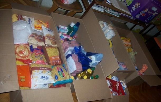Пакети хране за најугроженије грађане у Прокупљу