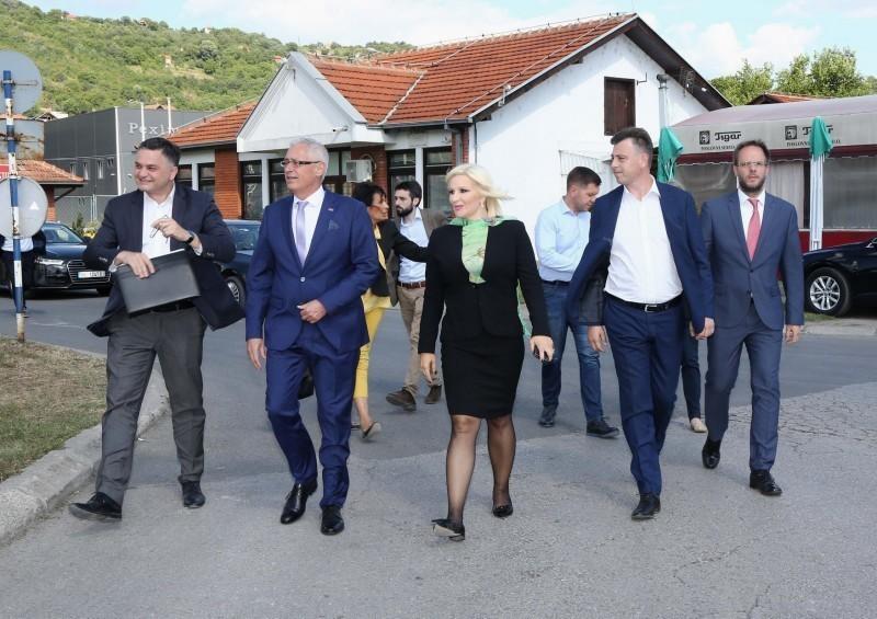Mihajlovićeva u poseti Slobodnoj zoni Pirot: Velike mogućnosti za razvoj vodnog i intermodalnog transporta