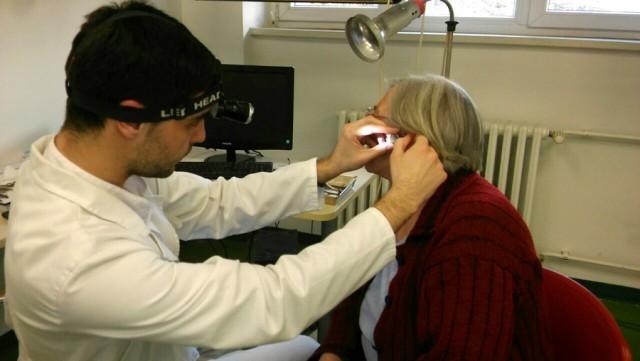 Данас обављени бесплатни прегледи слуха у КЦ Ниш