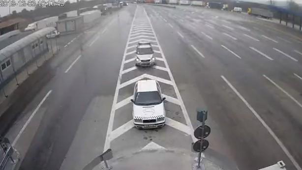 Oprez u vožnji zbog hladnog vremena i slabog snega