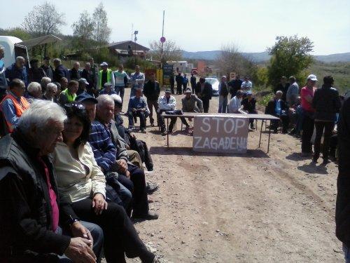 Meštani blokirali deponiju, Foto: Južna Srbija Info