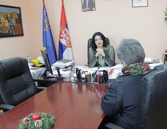 Наставља се пријем грађана у Нишавском округу: Разговор, молбе, жалбе, идеје код начелнице Сотировски