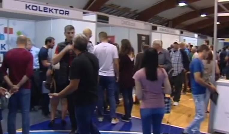 Велико интересовање грађана југа Србије за рад у Словенији (ВИДЕО)