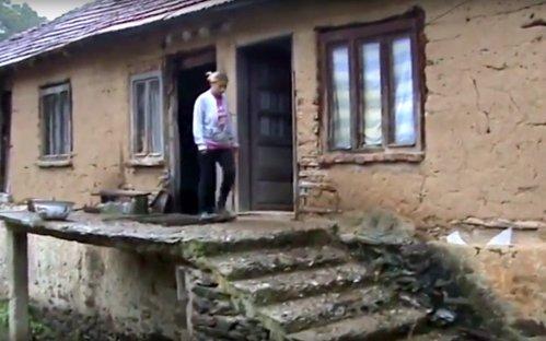 Неусловна кућа породице Благојевић