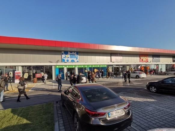 "Otvoren ritejl park ""Zona"" u Vranju"