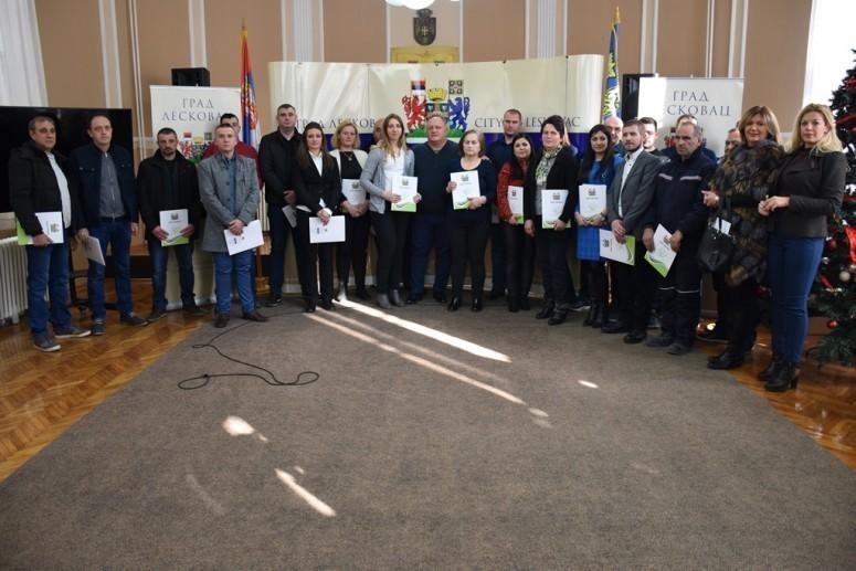 Po 200 hiljada dinara za samozapošljavanje mladih u Leskovcu