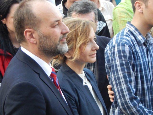 Јанковић са супругом на предизборном скупу у Нишу, Фото: Њ.П. Јужна Србија