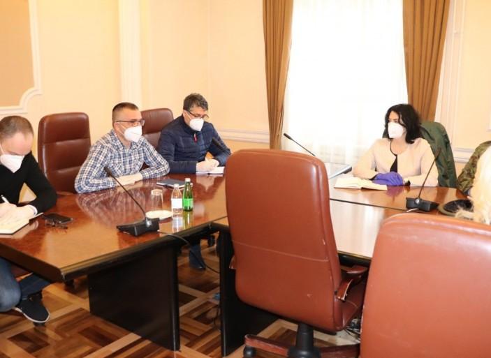 Први састанак Кризног штаба за Нишавски и Топлички округ: Тестова има довољно, до краја недеље стижу нови