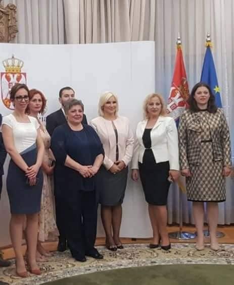 Mihajlovićeva: Niste sami, 9 miliona dinara sigurnim kućama, svratištima i prihvalištima za decu