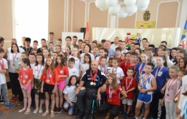 Prijem za mlade sportiste Leskovca