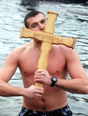 Do Časnog krsta prvi doplivao student