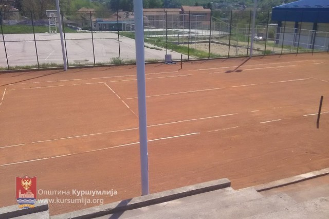 Kuršumlija: Teniski teren danas počinje sa radom