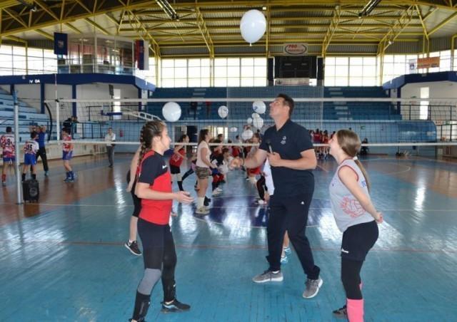 Vanja Grbić održao trening za devojčice i dečake u Prokuplju