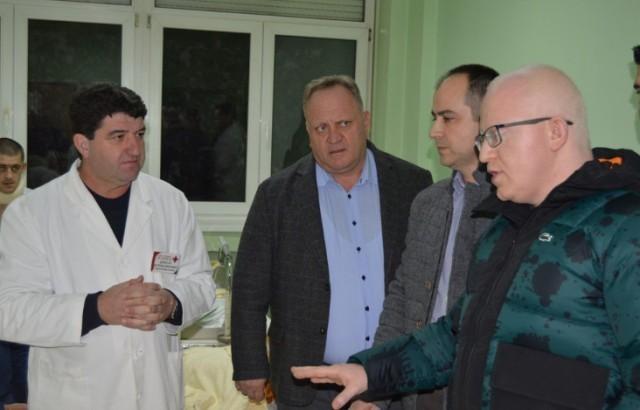 Македонски министар здравља обишао повређене путнике