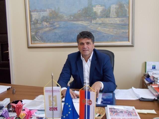 Честитка градоначелника Ниша ФК Раднички