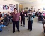 Smeh je lek: Kolektivna proslava rođendana u prokupačkom Domu za stare