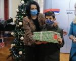 Radost za najmlađe - više od dve hiljade paketića