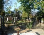 Asfaltiranje staza na groblju u Leskovcu