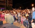 Demonstracija sile: Aca Lukas i ministri u kampanji