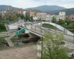 Српски младић избоден у близини моста на Ибру