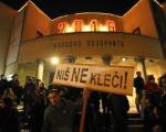 """Вечерас протест """"Новинари не клече"""""""