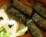 Stari recepti juga Srbije: Pikantna sarmica od vinove loze