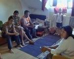 Роми напустили хостел у Лесковцу