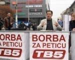 TV Pet emituje program sa ulice