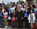Dodeljene stipendije učenicima i studentima