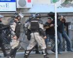 За жандарме из Ниша условне казне због пребијања Андреја Вучића и брата Синише Малог