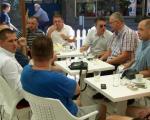 Драган Шутановац на кафи у Алексинцу