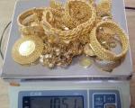 Шверц више од једног килограмa злата и 43.000 евра