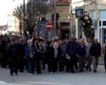 Радници одблокирали аутопут Ниш-Скопље код Врања