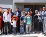 Нови дом и поклони за породицу Вукић и њихово шесторо деце