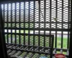 Несвакидашња пљачка: Зет и таст провалили у затвор да краду