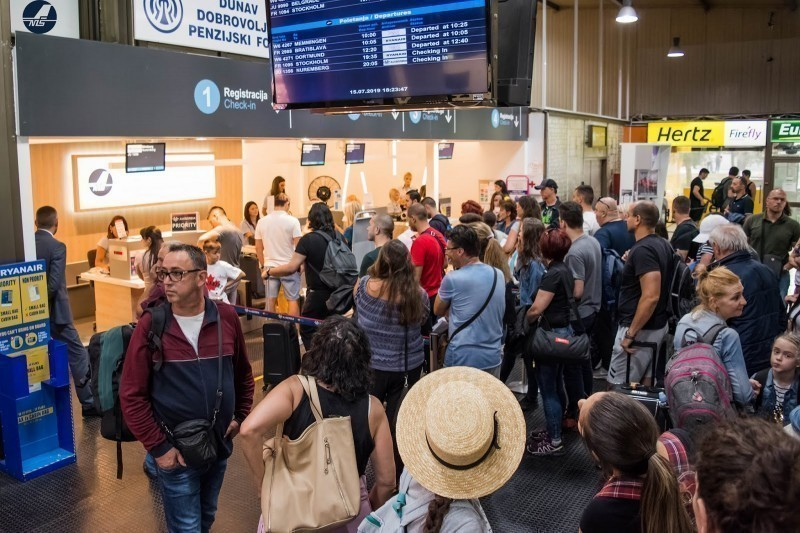 "Aerodrom ""Konstantin Veliki"" zabeležio 20 odsto više putnika nego 2018."
