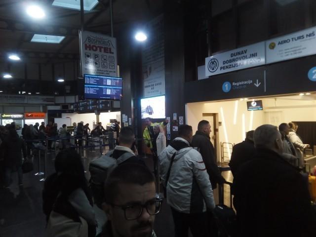 Raste broj putnika na niškom aerodromu