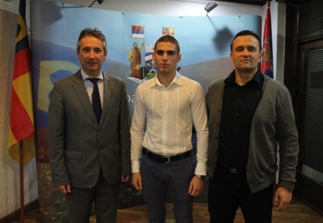 Врањанац Александар Николић, државни првак у рвању