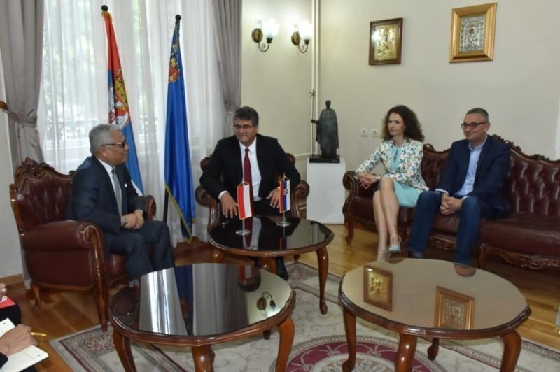Амбасадор Индонезије у посети Нишу