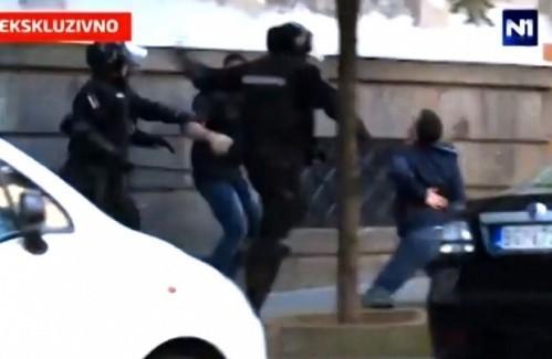 Нишки жандарми: Вучић први претио, тај снимак нам је одузет