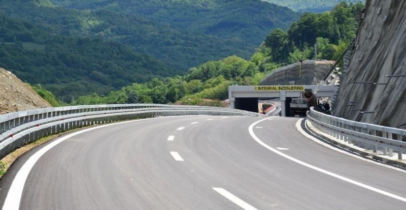 Савети возачима који полазе на пут - опрез због високих температура