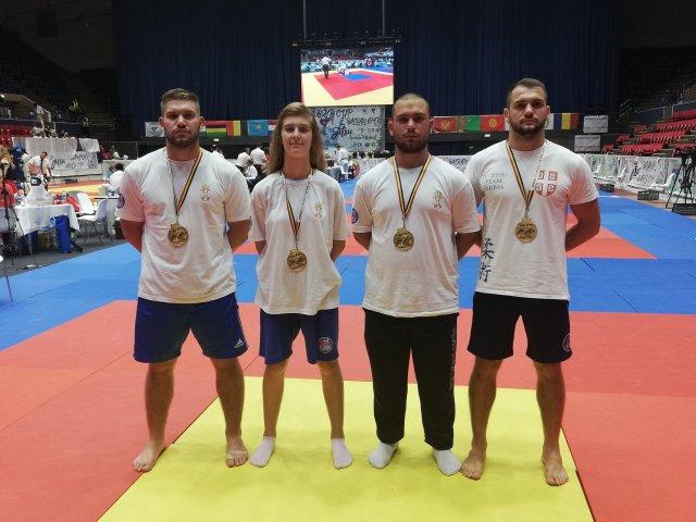 Alekinčani ponosni: Tri šampiona Balkana i prvakinja na Svetskom kupu u Bukureštu