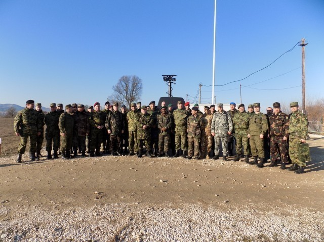 """Predstavnici stranih oružanih snaga u poseti bazi """"Jug"""""""