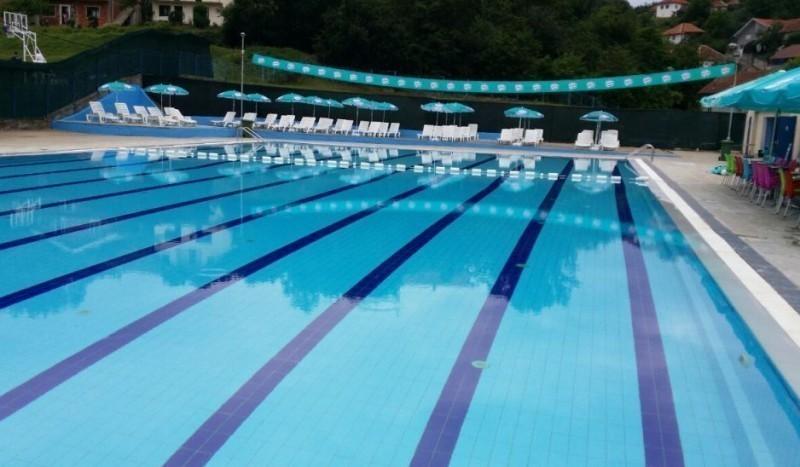 Почела летња сезона на градском базену у Куршумлији