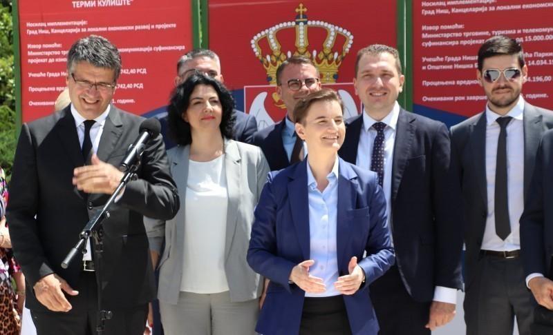 Премијерка позвала грађане да одмор проведу у Нишкој Бањи