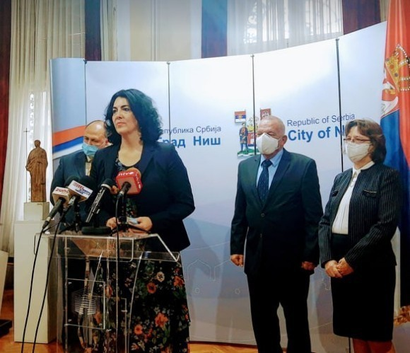 Аплицирање код европских фондова, инвестиције, туризам и култура, теме при сусрету градоначелнице Сотировски и амбасадора Бугарске